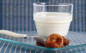 Инжир с молоком