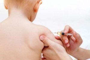 Почему критикуют прививки